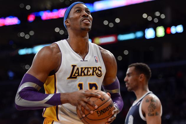Lakers Trade Rumors: Team Is Smart to Keep Dwight Howard Through Struggles