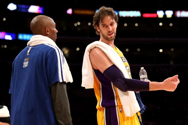 Kobe Bryant's Bond with Pau Gasol Won't Take Lakers Big Man off Trade Block