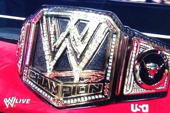 WWE Monday Night Raw Rapid Reaction: New WWE Championship Belt Debuts