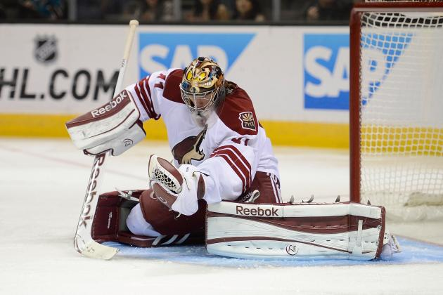 Smith Gets 3rd Shutout as Coyotes Snuff Flames