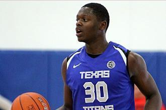 Texas Recruit Julius Randle's Mom Impressed by KU Fans