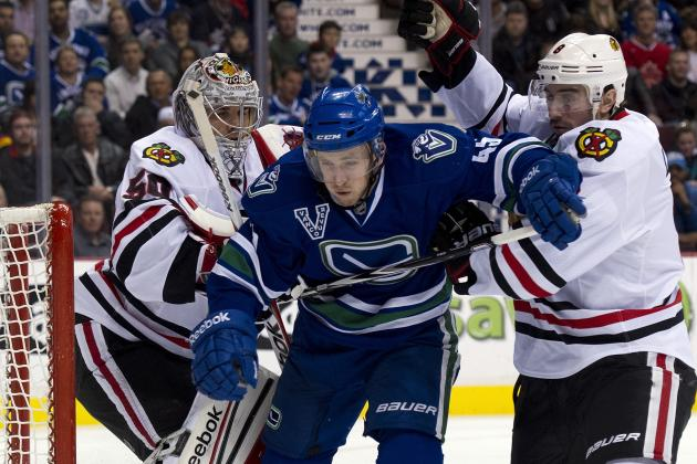 Chicago Blackhawks Attempt to Extend Hot Start, Tie NHL Record vs. Rival Canucks