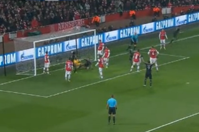 0-2: Thomas Muller (Bayern Munich) V Arsenal