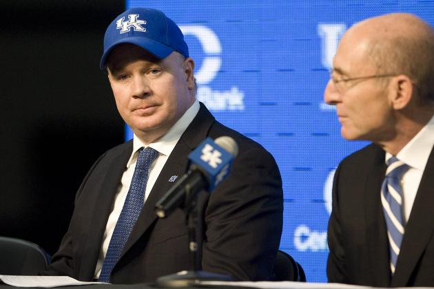 Stoops' Tenacity, Relationship-Building Skill on Display in Recruiting