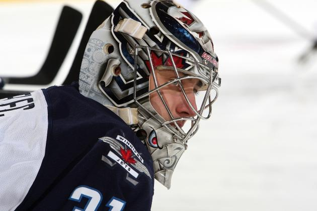 Pavelec's 29 Saves Help Jets Snap 3-Game Skid