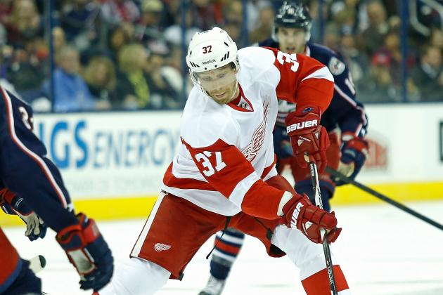 Samuelsson out at Least 2 Weeks with Fractured Finger
