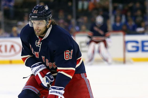Signs Point to Rangers' Nash Dealing with Concussion