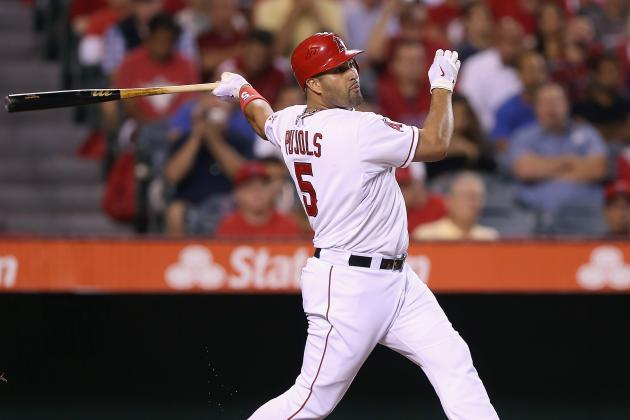 Albert Pujols Won't Play in Games Before Mid-March