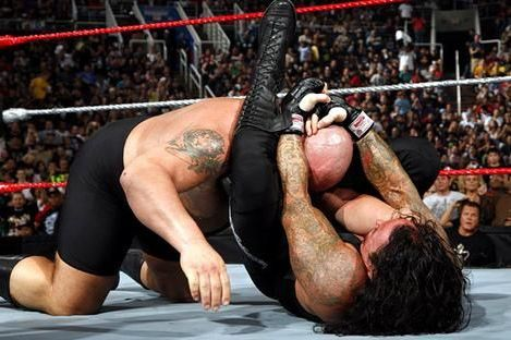 Why WWE Should Incorporate More of an MMA Style