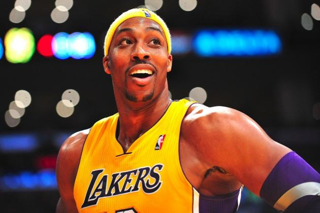 Lakers GM Mitch Kupchak Publicly Commits to Struggling Dwight Howard