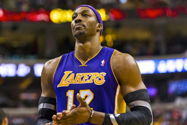 Los Angeles Lakers Have No Choice but to Gamble on Dwight Howard's Future