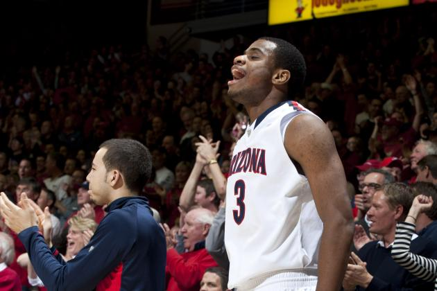 Arizona Basketball Plays Second-Half Game Against Huskies