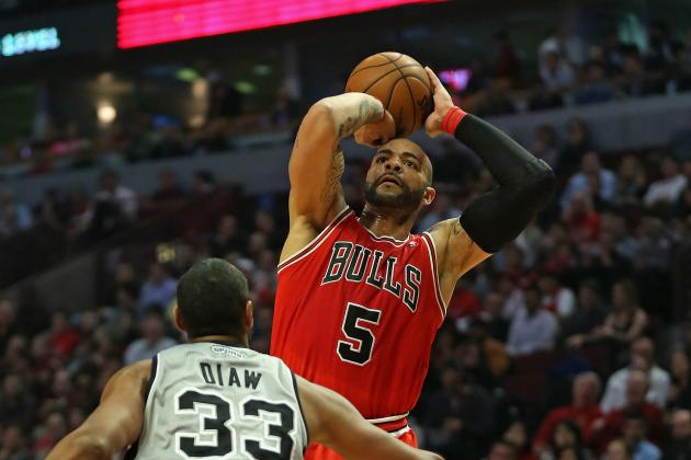 Bulls To Keep Carlos Boozer: Hoops Rumors