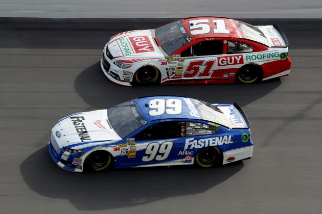 Edwards, Hamlin Involved in 4-Car Wreck in 1st Duel