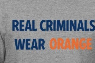 PHOTO: Georgetown Shirt Lists Syracuse's Legal Incidents