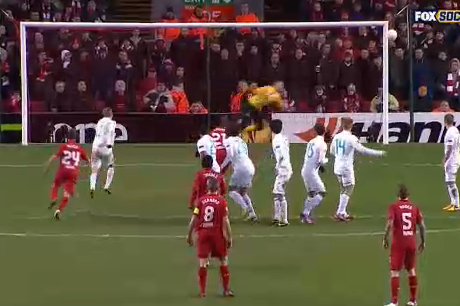 Suarez's Spectacular Free Kick Goal