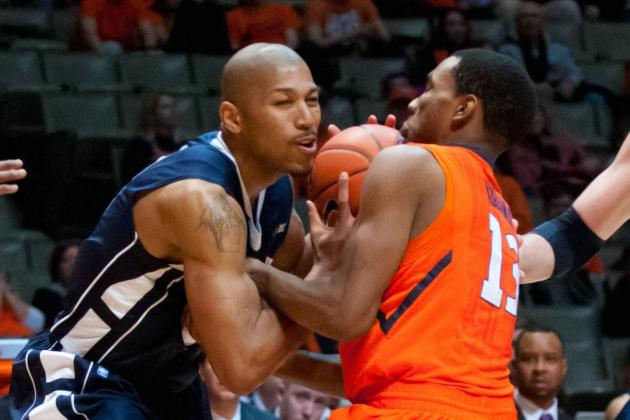 Illinois holds off Penn State 64-59