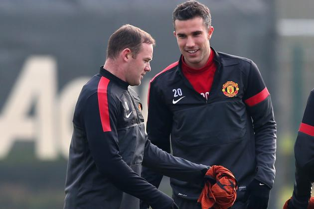Wayne Rooney Says Robin Van Persie 'Not the Brightest off the Pitch'