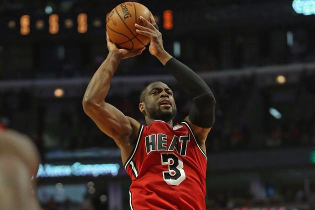 Dwyane Wade with Sweet Spin Move in Heat Win (VIDEO)
