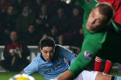Manchester City Boss Roberto Mancini Warns Samir Nasri and Joe Hart