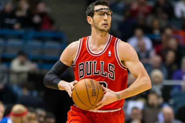 Hinrich Re-Aggravates Elbow Injury, Out vs. Heat, Status Uncertain for Road Trip