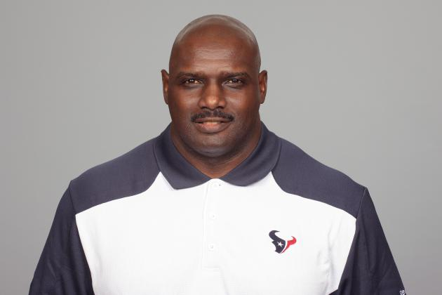 Texans' Cedric Smith Named Strength Coach of Year