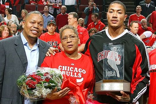 Derrick Rose Distances Himself from Brother's Criticism of the Bulls