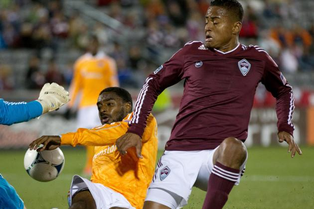 Midfielder Castrillon Re-Signs, Will Undergo Knee Surgery