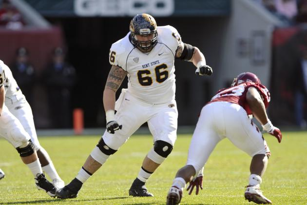 Kent State OL Brian Winters Says Cramps Kept Him from Finishing Bench Press