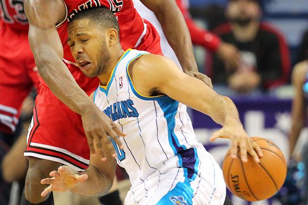 Eric Gordon Returns to Starting Lineup
