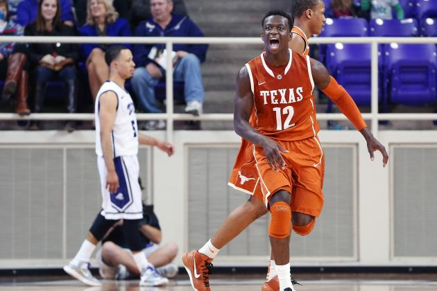 Kabongo Gives Texas Different Look Against Kansas State