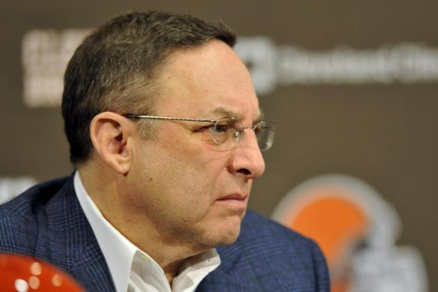 Browns CEO Joe Banner Says QB Likely Won't Be Target with No. 6 Pick