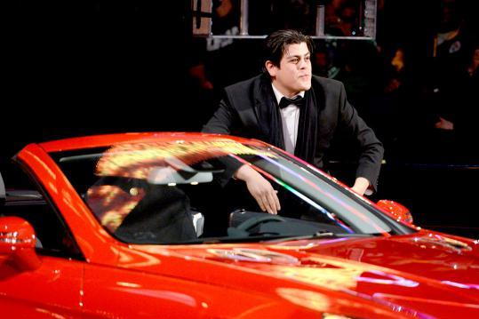 WWE's Ricardo Rodriguez Taunts Glenn Beck on Twitter