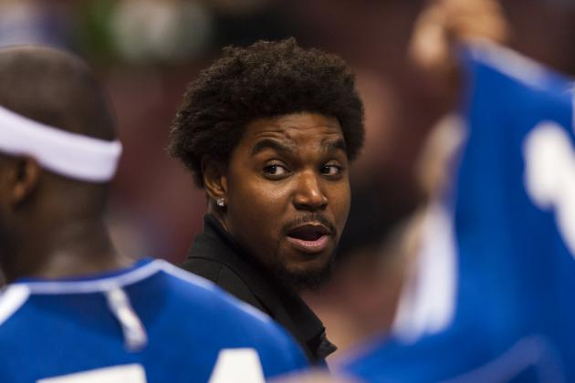 The 76ers' Andrew Bynum Finally Practices with Team