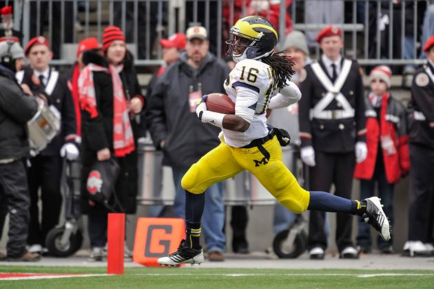 Denard Robinson Impresses with a 4.34