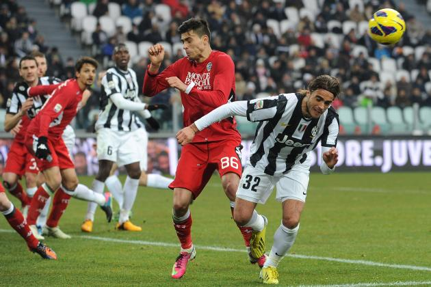 Juventus, Fans Convincing Against Siena