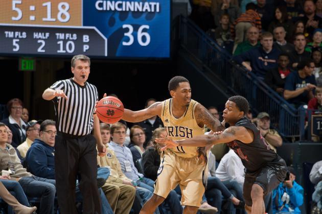 Notre Dame Drubs Cincinnati 62-41