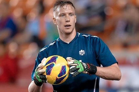 Vancouver Whitecaps FC Add Canadian Goalkeeper Simon Thomas