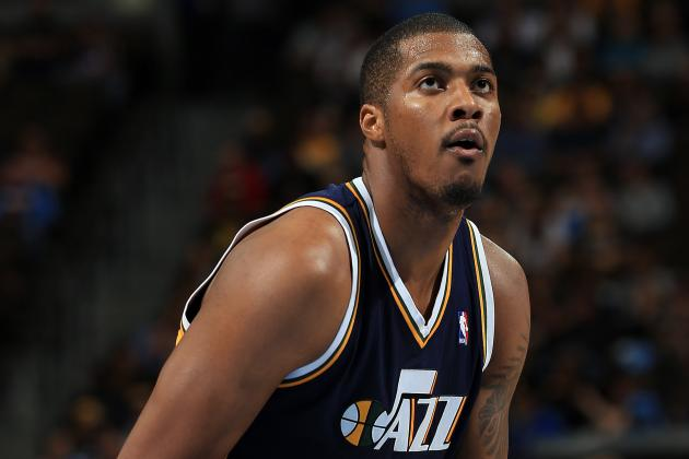 Utah Jazz: Foul Trouble Is Hindering Derrick Favors' Development