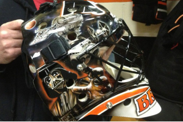 Bryz Unveils New Star Wars Goalie Mask