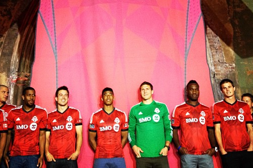 Toronto Unveils New Kits for 2013