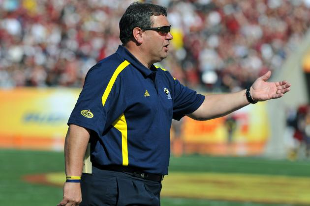 Hoke Vows to Make Quick Hire After Jerry Montgomery's Move