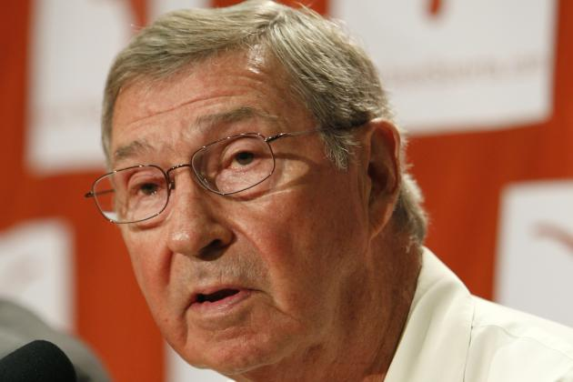 AD DeLoss Dodds Confident Mack Brown Can Turn Football Program Around