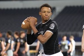 Incoming QB Joshua Dobbs Receives Academic Award