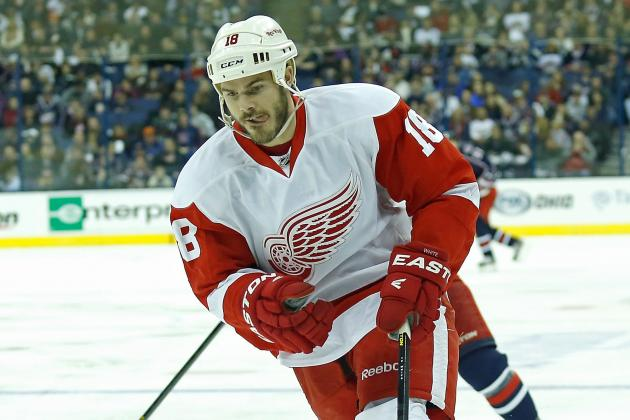 Red Wings' Ian White 'Taken Aback' by Being a Healthy Scratch