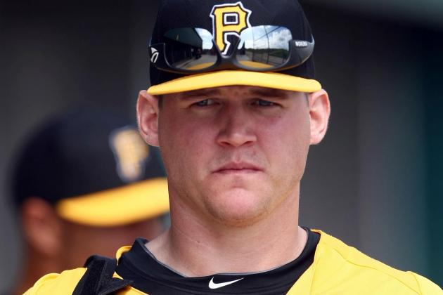 Sands Fighting for Spot on Pirates' Bench