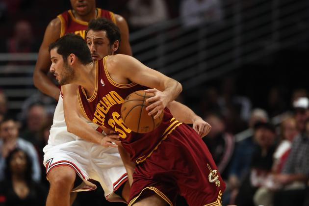 Report: Cavs, Casspi Talking Buyout, Rockets Could Grab Him