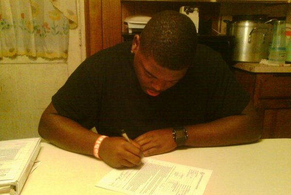 JUCO DT Commits to Play at UK in 2013