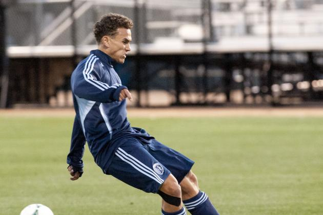 Sporting KC Signs Two to Contracts