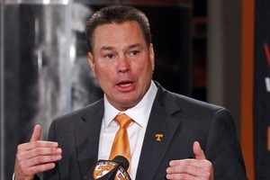 Tennessee's Jones Embraces Unfamiliar Challenge